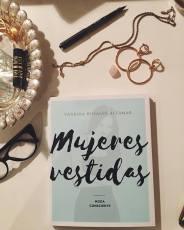 Libro Mujers Vestidas